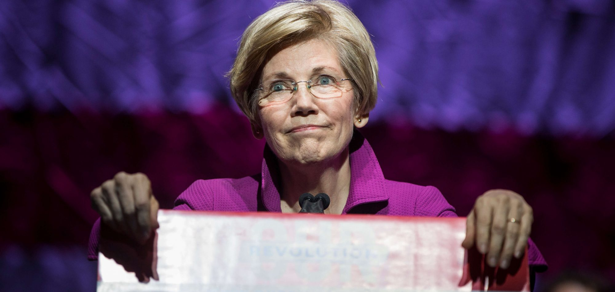 The 10 Signs That Point to an Elizabeth Warren Presidential Run in 2020